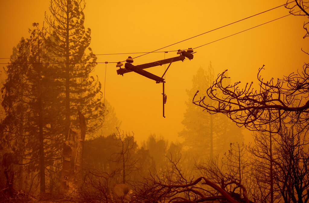Wildfires threaten firefighters homes across Calif. Newsom warns 'peak' yet to come – Fox News