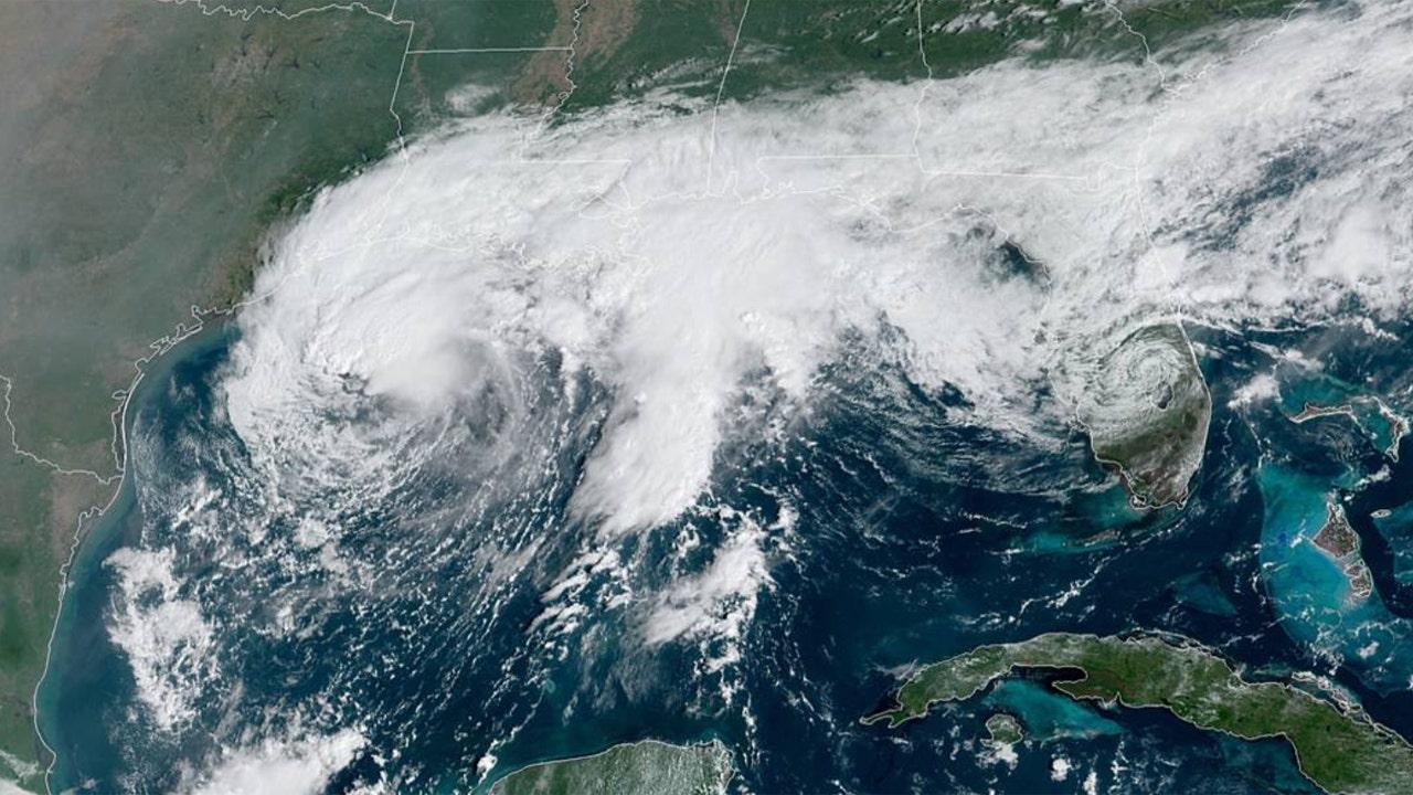 Live Updates: Tropical Storm Beta crawls towards Texas and Louisiana thumbnail
