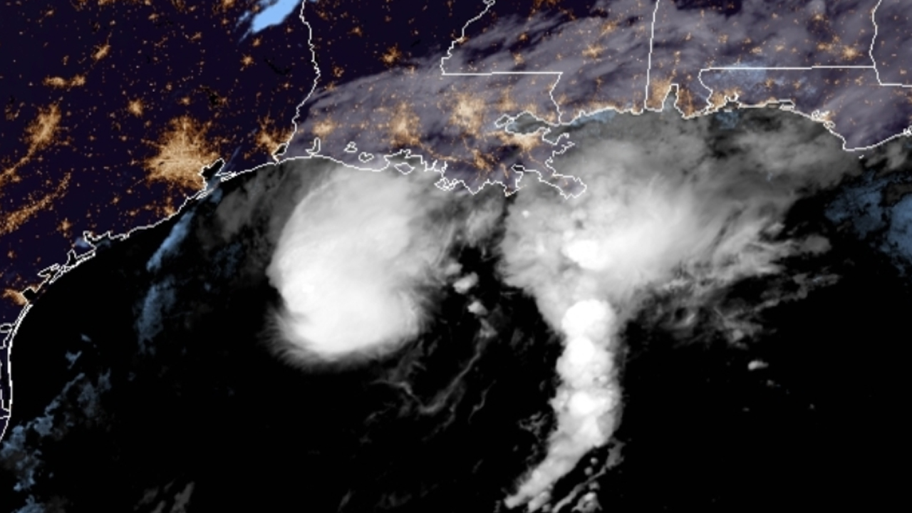 Tropical Storm Beta crawls off Texas coast threatens flash flooding into Louisiana – Fox News