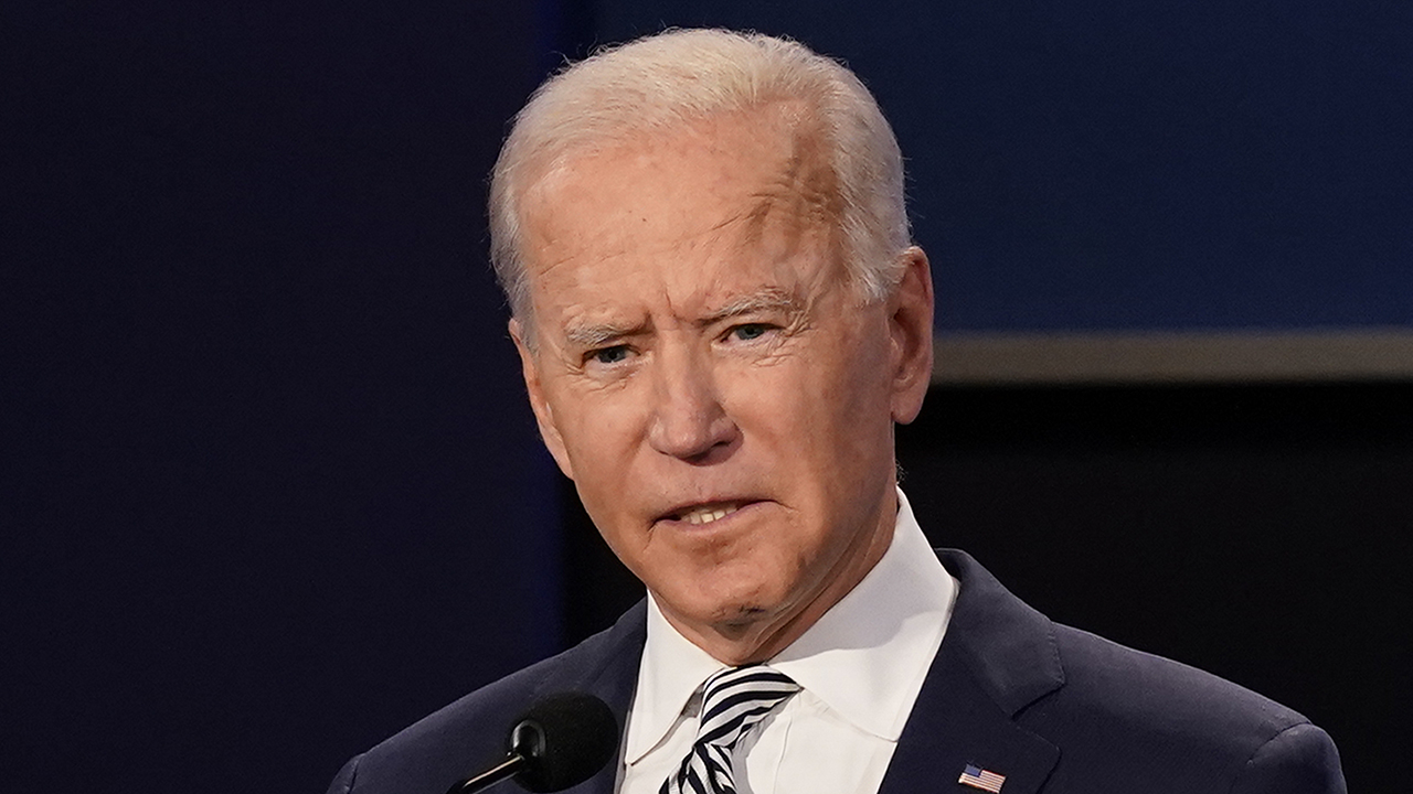 Biden lashes out at CBS reporter when asked about NY Post report: 'I have no response another smear campaign' – Fox News
