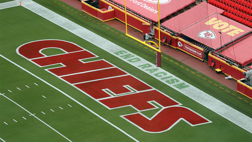 NFL takes heat over 'End Racism' message in end zone before Chiefs-Texans game – Fox News