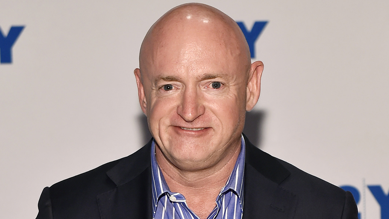 Mark Kelly could cast vote for Supreme Court should he win Arizona Senate Nov. 3