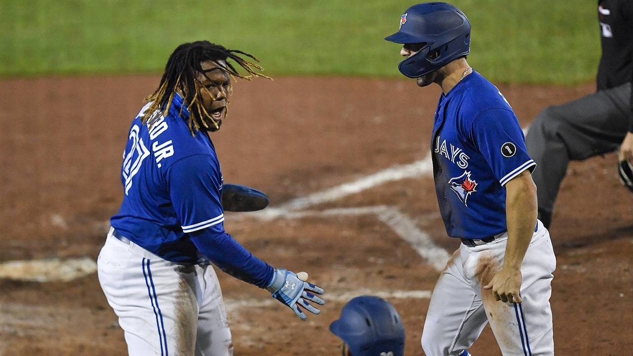 Blue Jays clinch 1st playoff spot since 2016, beat Yanks 4-1 - fox