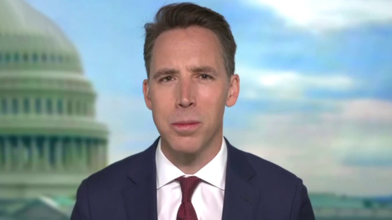 Westlake Legal Group hawley Sen. Hawley introduces bill to give a pay raise 'to every cop in America' Joshua Nelson fox-news/us/crime/police-and-law-enforcement fox-news/media/fox-news-flash fox news fnc/politics fnc article 34362539-31da-5e7e-a81e-689d22bae985
