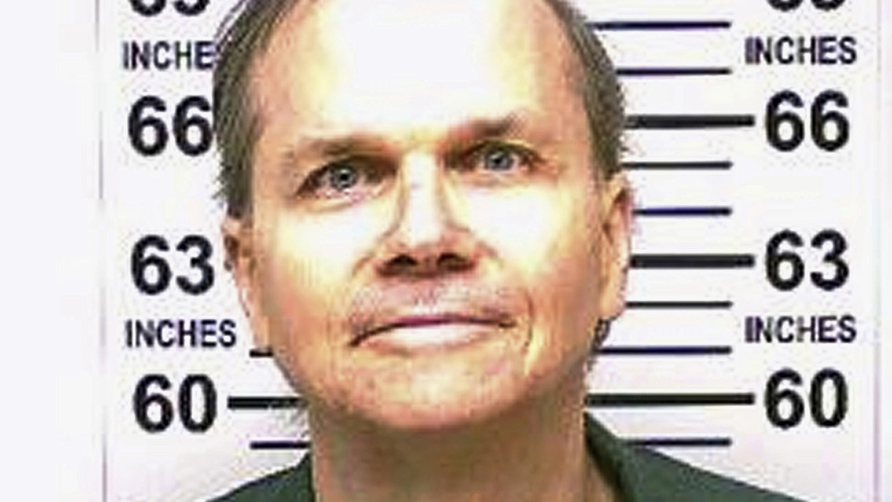 John Lennon's killer calls murder 'despicable' and 'creepy,' only did it to seek 'glory'