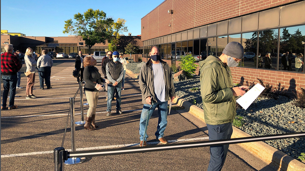Minnesota mail-in voting, early turnout shattering records