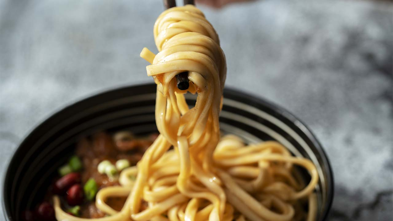 Chinese family of nine dies after eating toxic noodles
