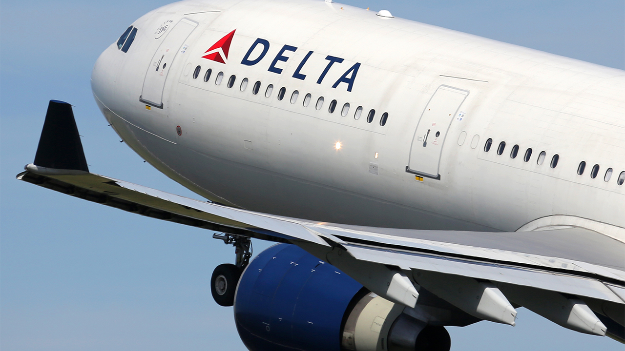 Delta CEO gives airline workers free travel passes as thank-you for work during pandemic - fox