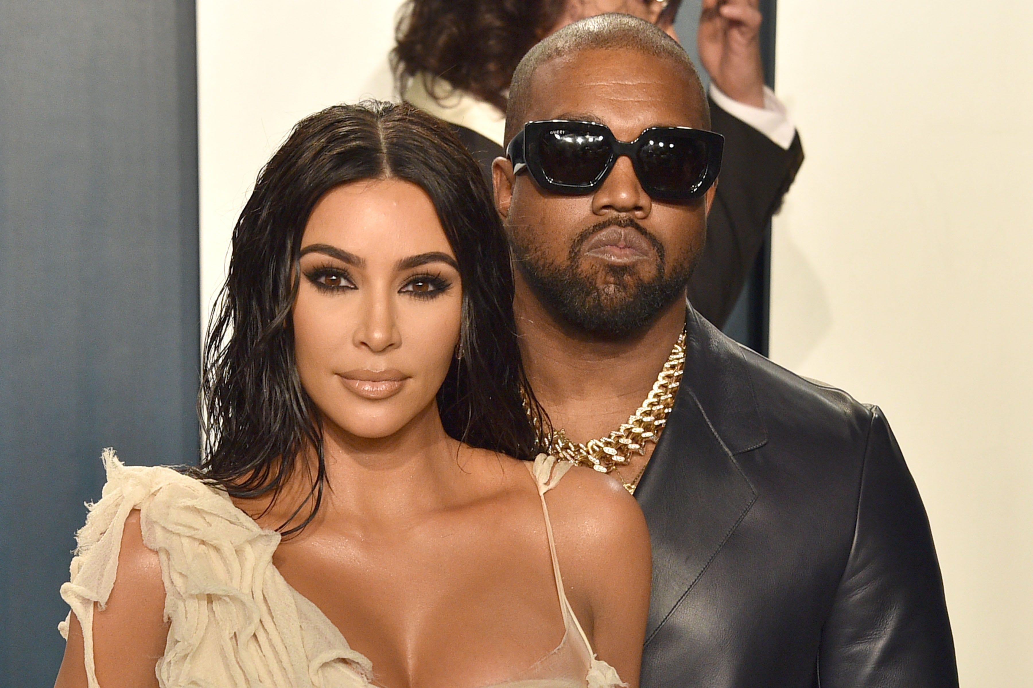 Kanye West gifts Kim Kardashian a hologram of her late father Robert Kardashian for her 40th birthday – Fox News