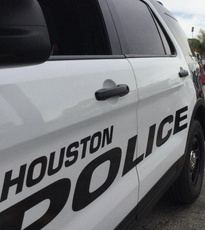Teen girl killed in Houston shooting over social media beef