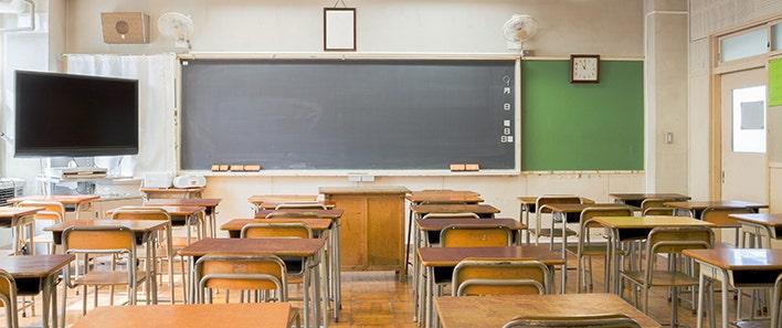 Virginia parent boils over in frustration against school shutdown: video