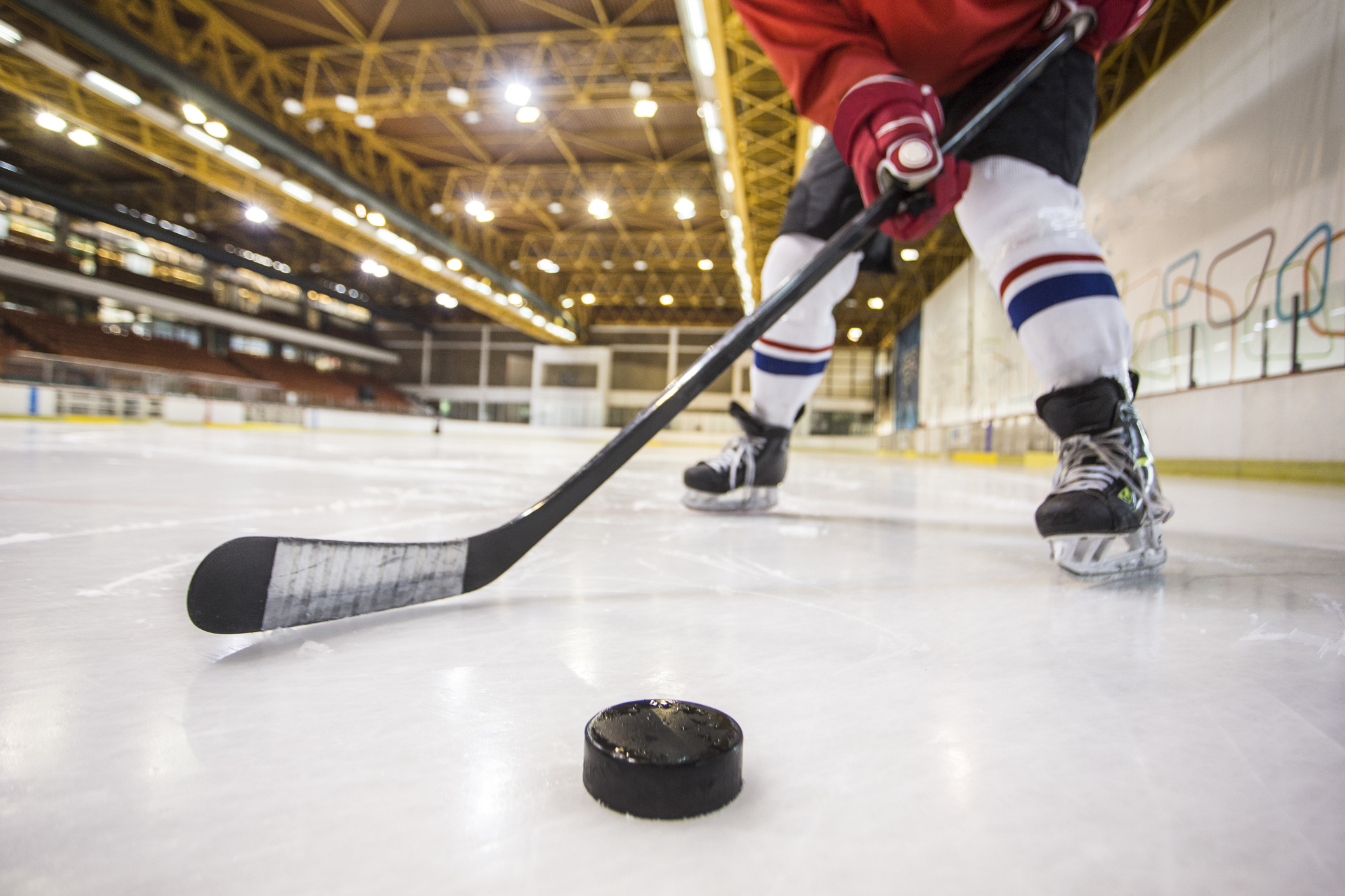Coronavirus outbreaks lead this state to close indoor ice rinks
