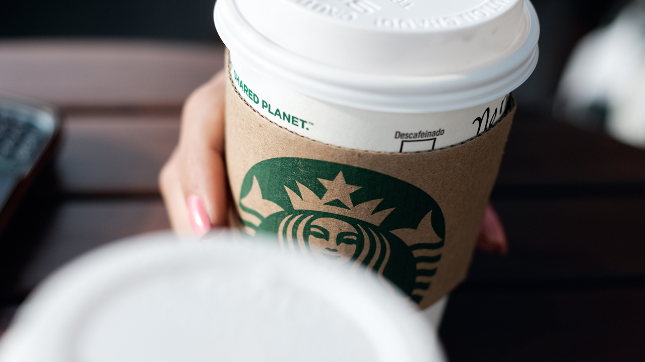 Starbucks offering free coffee for frontline workers in December - Fox News