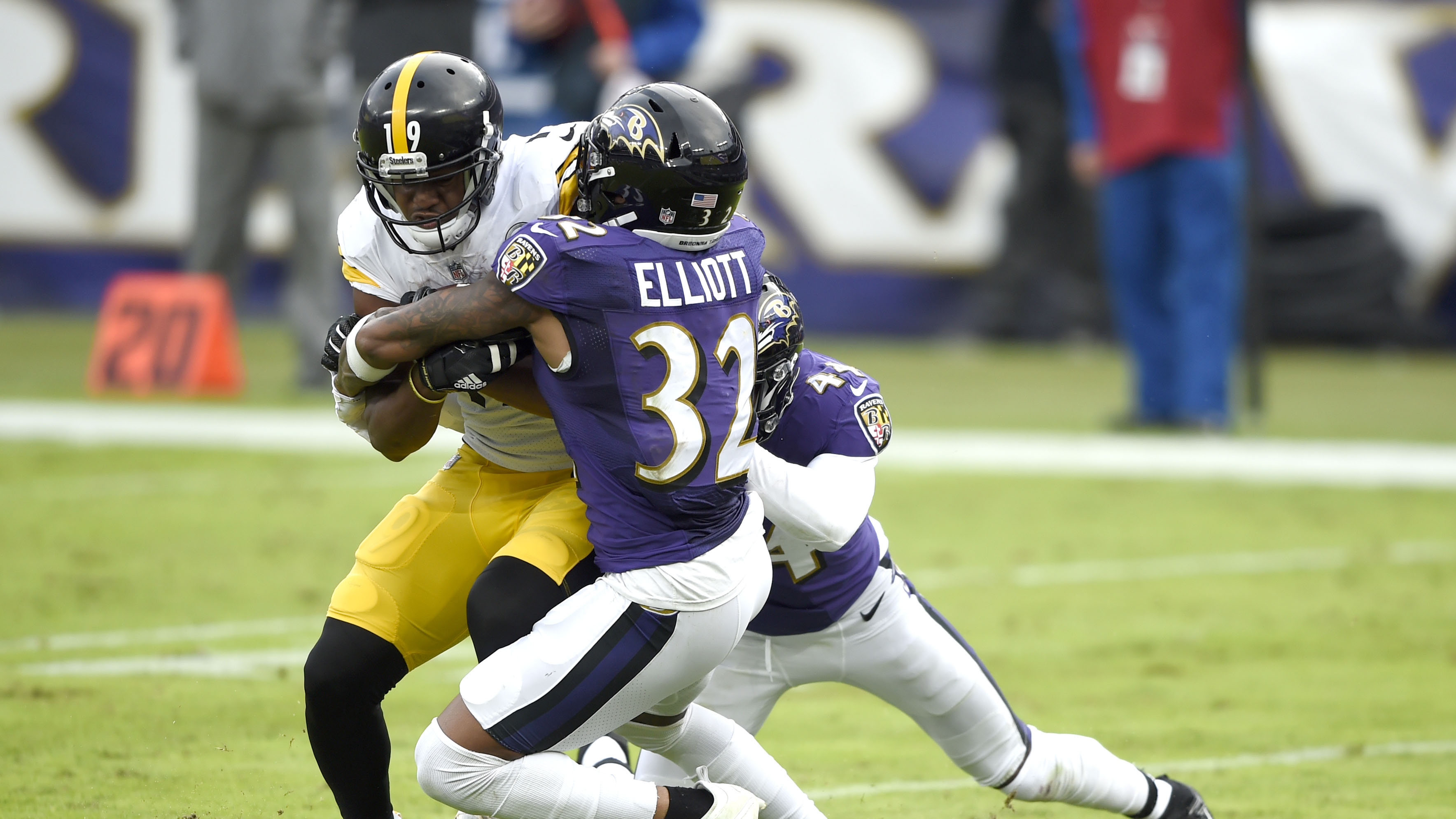 Ravens-Steelers postponed to Wednesday: report