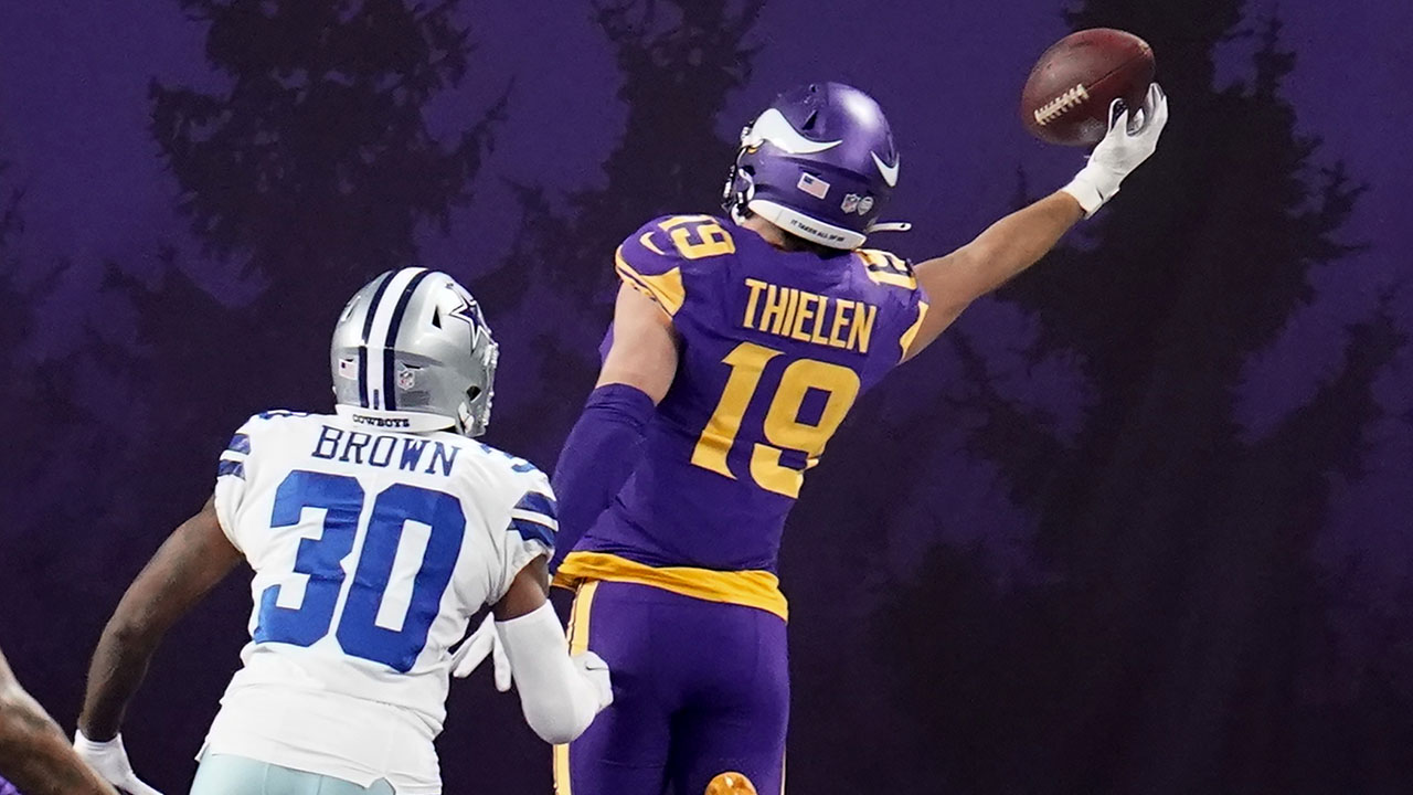 Vikings' Adam Thielen makes incredible one-handed touchdown grab vs. Cowboys - Fox News