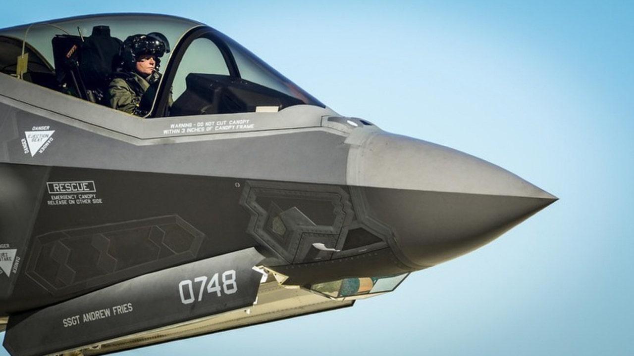 F35-Refeuling-AirForce.jpg