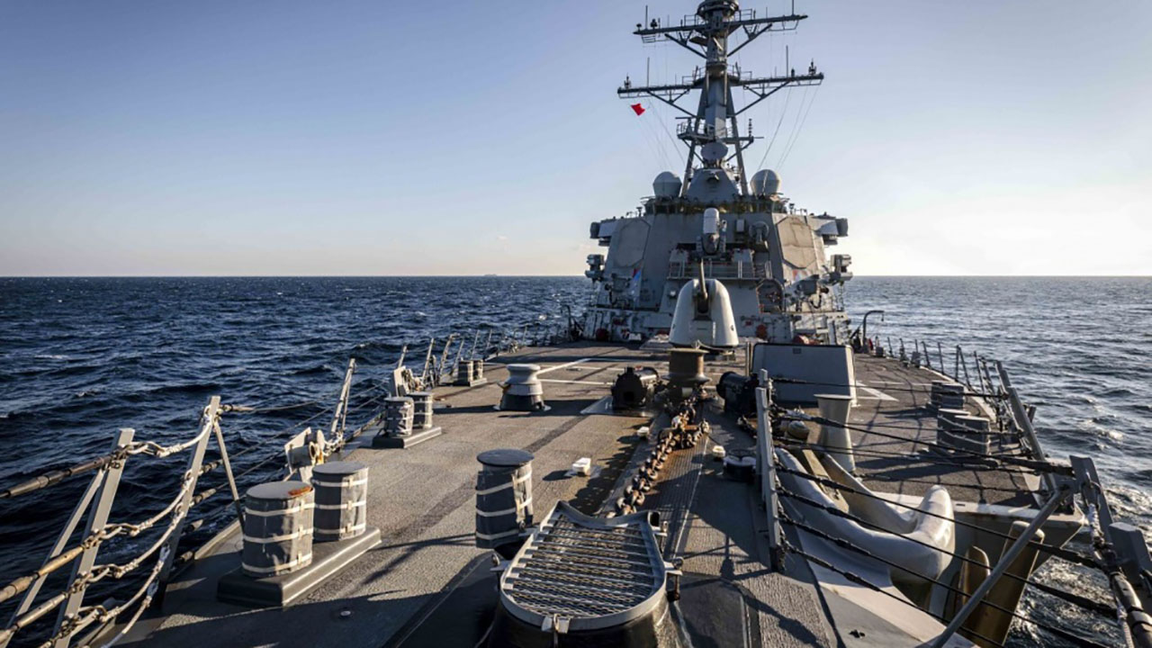 US Navy destroyer challenges Russia's claims to Peter the Great Bay in Sea of Japan - fox