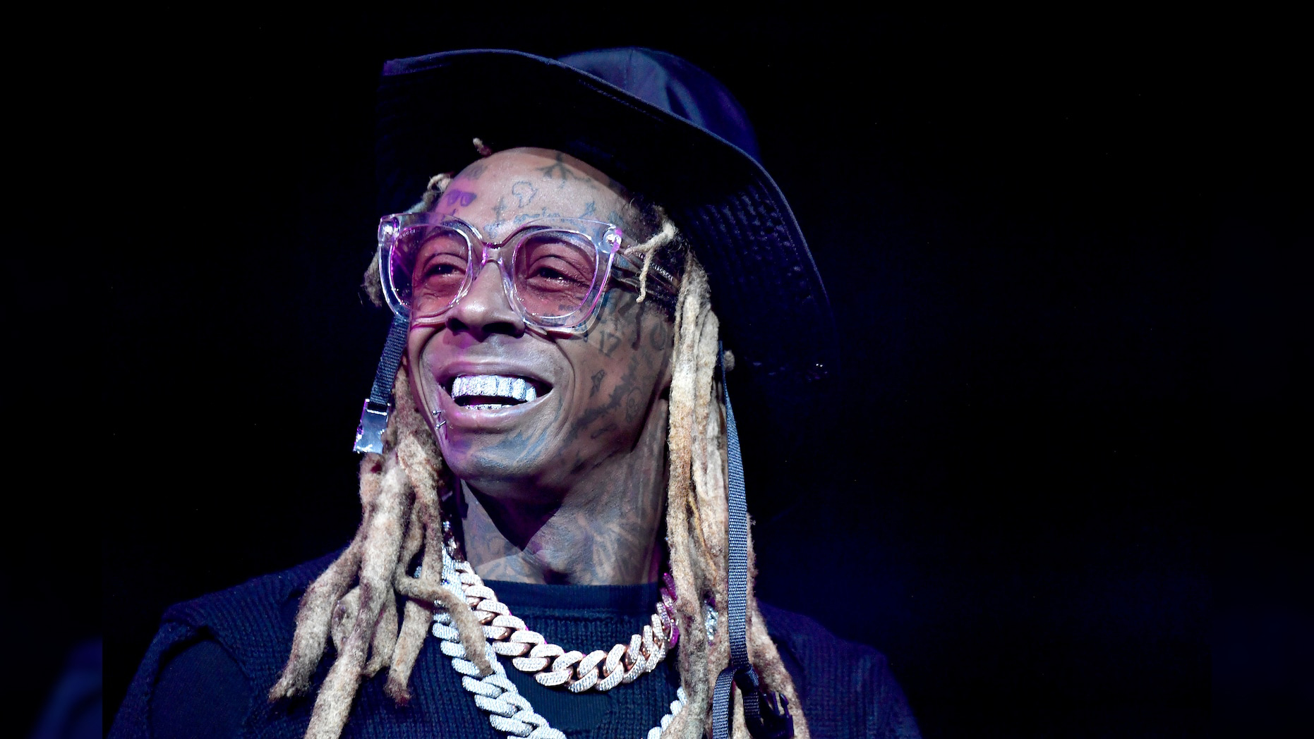 Lil Wayne thanks Trump on Twitter for pardon before leaving office - Fox News