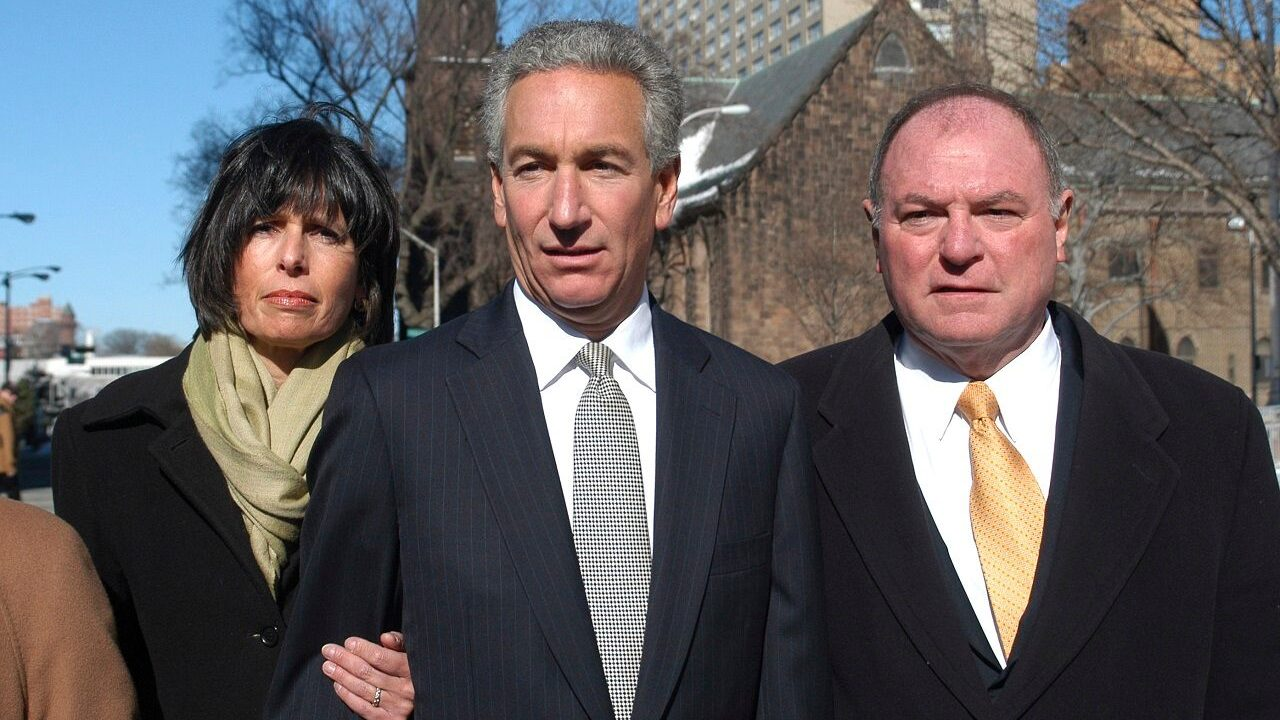 Who is Charles Kushner who was pardoned by Trump? – Fox News