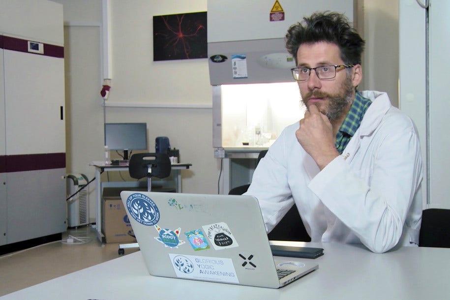 Russian scientist working on COVID-19 vaccine plummets to death in St. Petersburg – Fox News