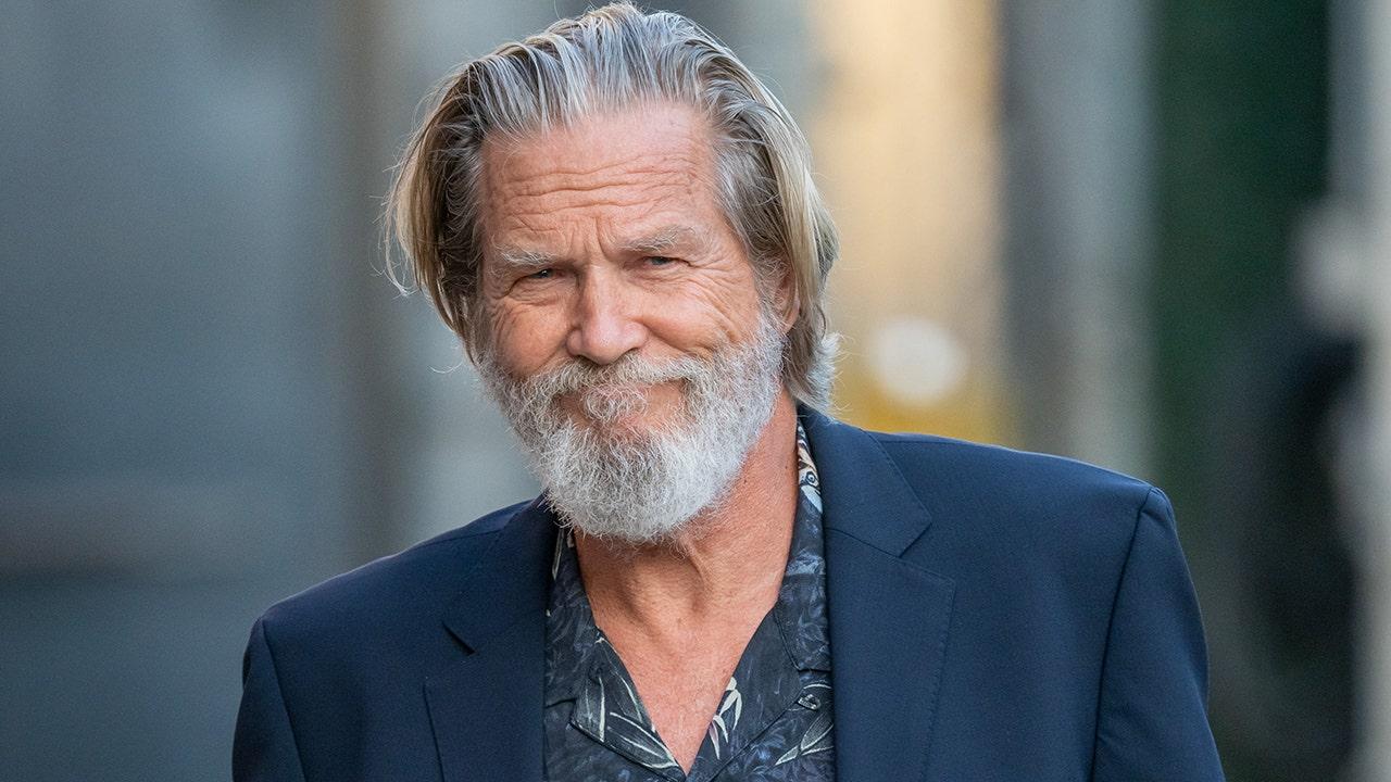 Jeff Bridges berbagi pembaruan tentang pertempuran limfoma: Tumor telah 'menyusut secara drastis'