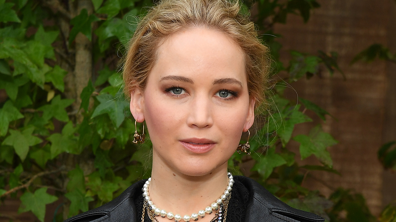 Jennifer Lawrence thanks fans for outpouring of support after family barn is destroyed in fire - Fox News