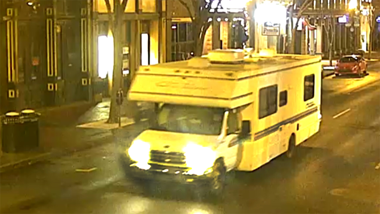 Nashville RV played Petula Clark's 60-year-old hit song 'Downtown' before it exploded: police