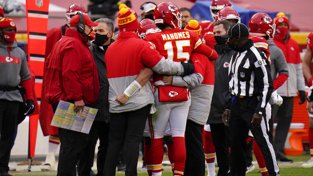Patrick Mahomes 'doing great' after injury during playoff game Andy Reid says – Fox News