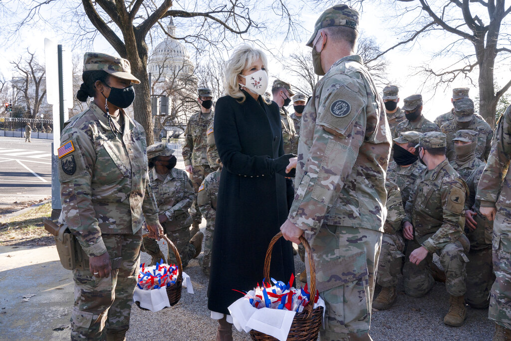 Jill Biden brings cookies to troops, thanks National Guard for