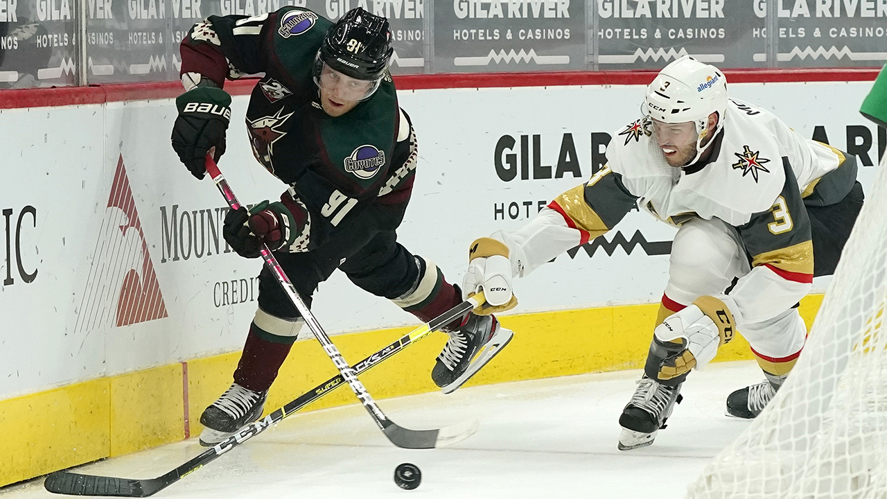 Coyotes hand Golden Knights first loss of the season, 5-2 - fox