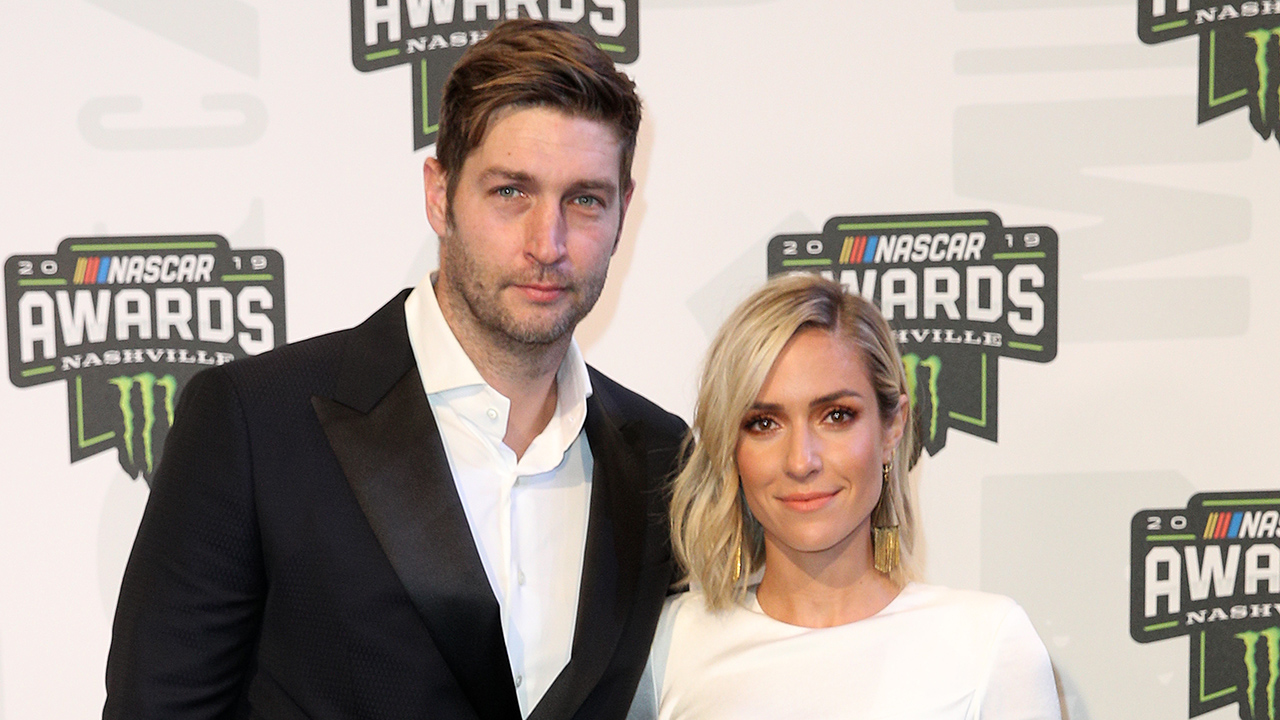 Kristin Cavallari, Jay Cutler pose for photo together months after announcing split: '10 years' - Fox News