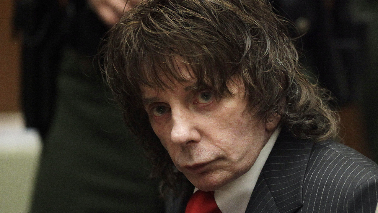 Phil Spector, revolutionary music producer who was convicted of murder in 2009, dead at 81