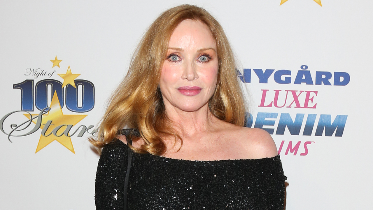 Tanya Roberts' partner speaks out after actress' death falsely reported, hits Cedars-Sinai