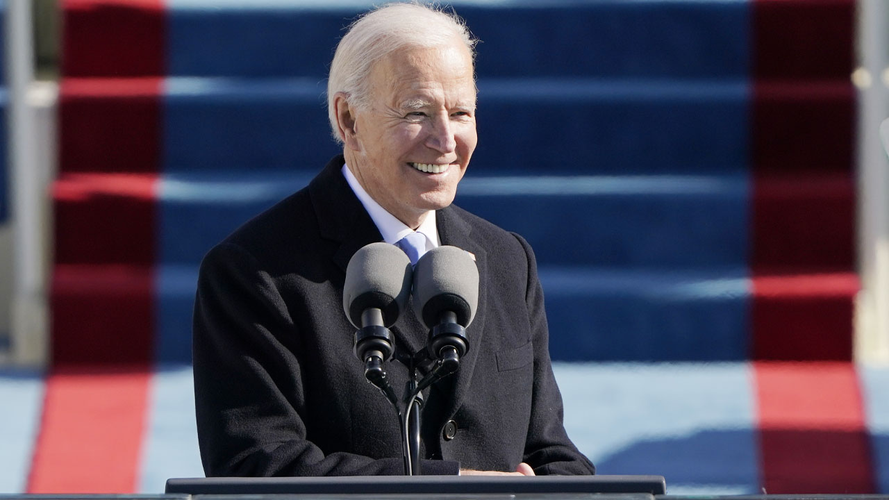 Biden told union leaders 'I'm all for natural gas': report