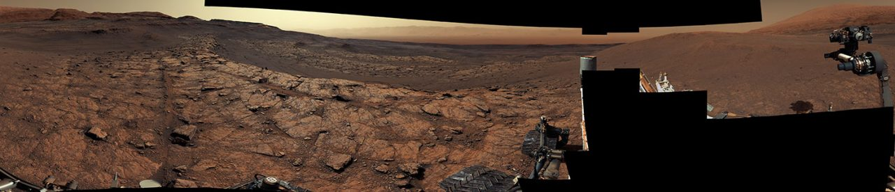 NASA's Curiosity rover just celebrated its 3,000th day on Marsby taking a remarkable picture of the Red Planet.