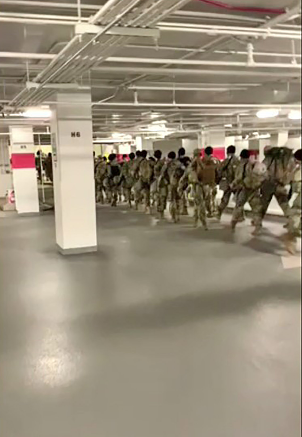 Madison Cawthorn delivers pizzas to National Guard troops in parking garage, vows they