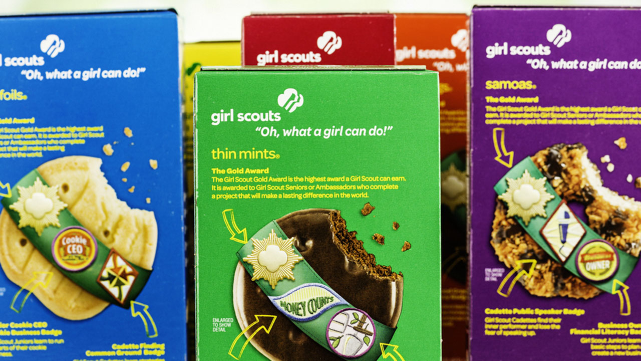 Girl Scout's adorable cookie sales pitch to doorbell camera goes viral - Fox News