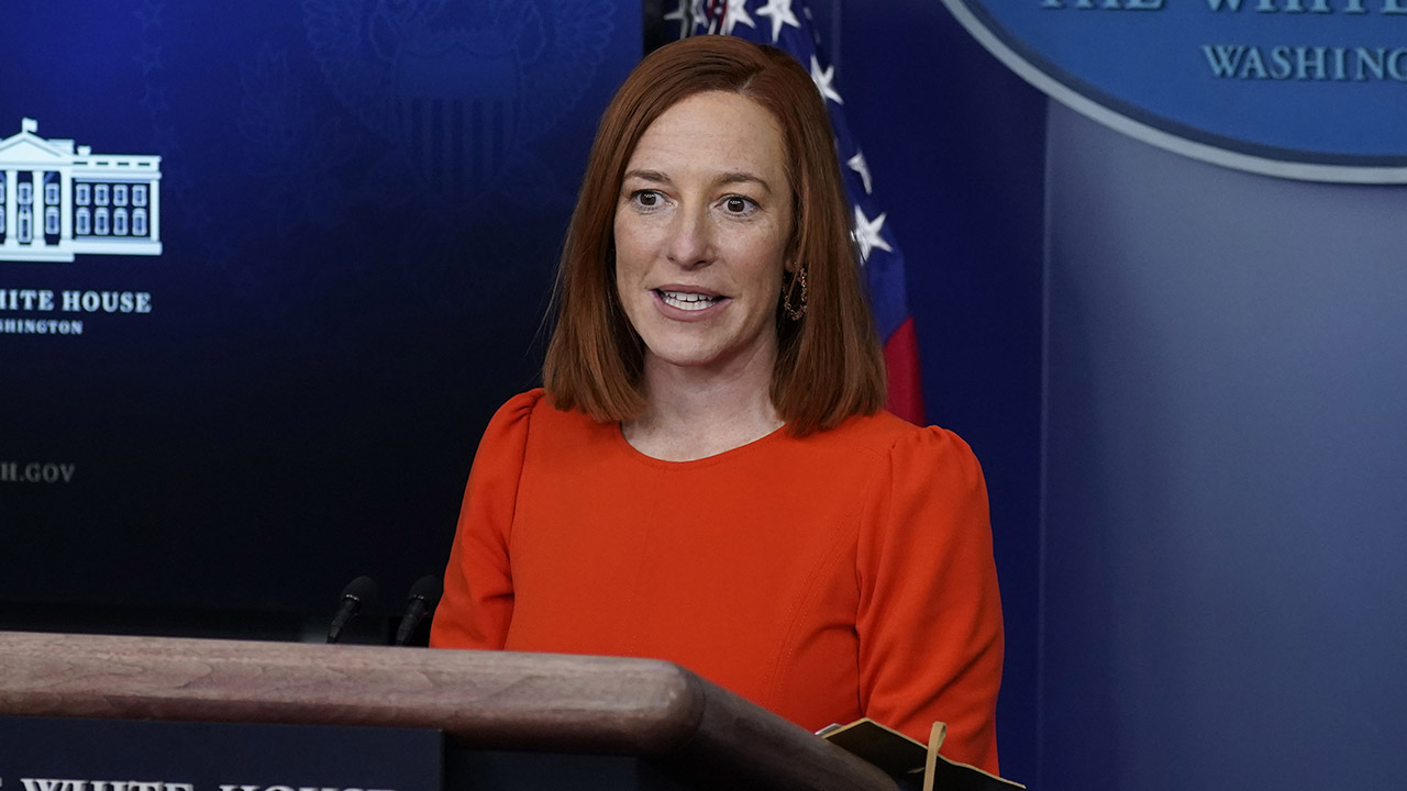 Psaki holds White House press briefing with economic adviser Brian Deese