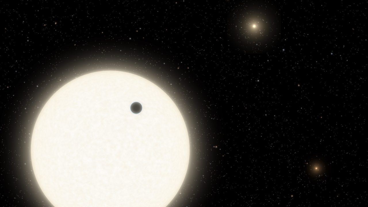 NASA finds an alien planet with 3 suns