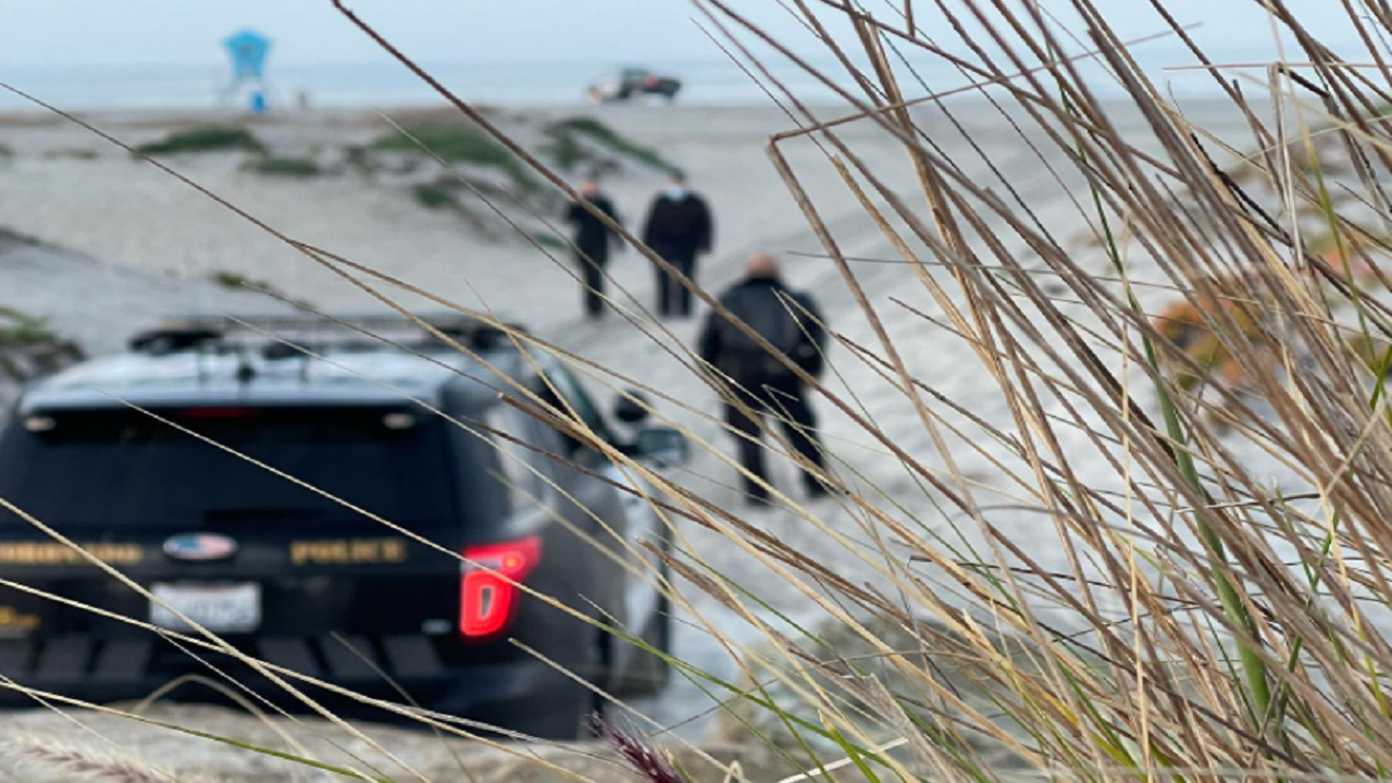 California man allegedly tried burying wife alive during beach attack following argument, police say