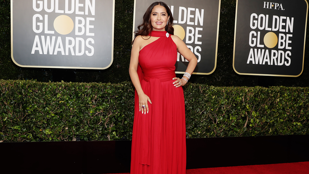 Salma Hayek's Golden Globe ensemble impresses fans: 'Speaking of flawless' - Fox News