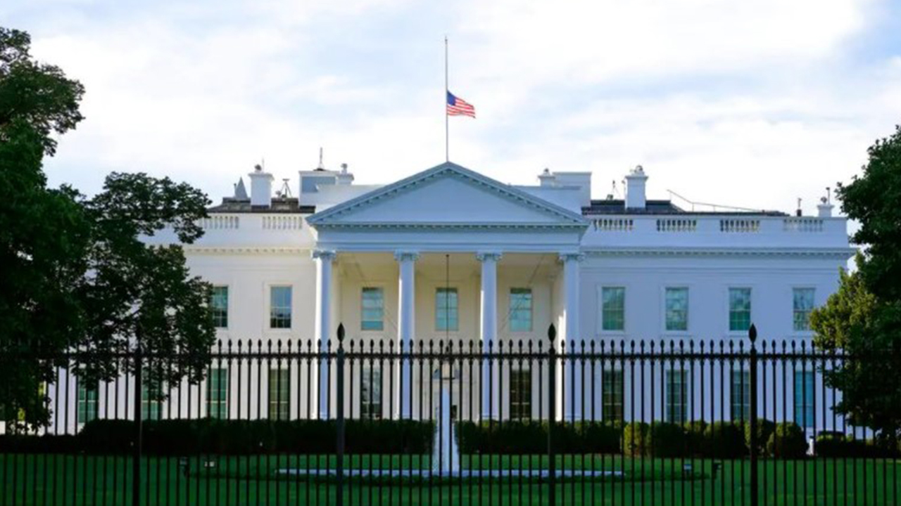 WH condemns WaPo, NYT for 'completely irresponsible' tweets hyping COVID spread among vaccinated