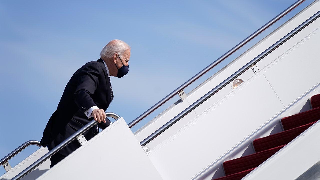 Biden wears mask outdoors as 'extra precaution' White House aide says – Fox News