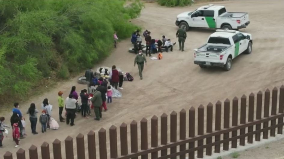 Biden administration reportedly planning to vaccinate migrants at border to prevent COVID spread