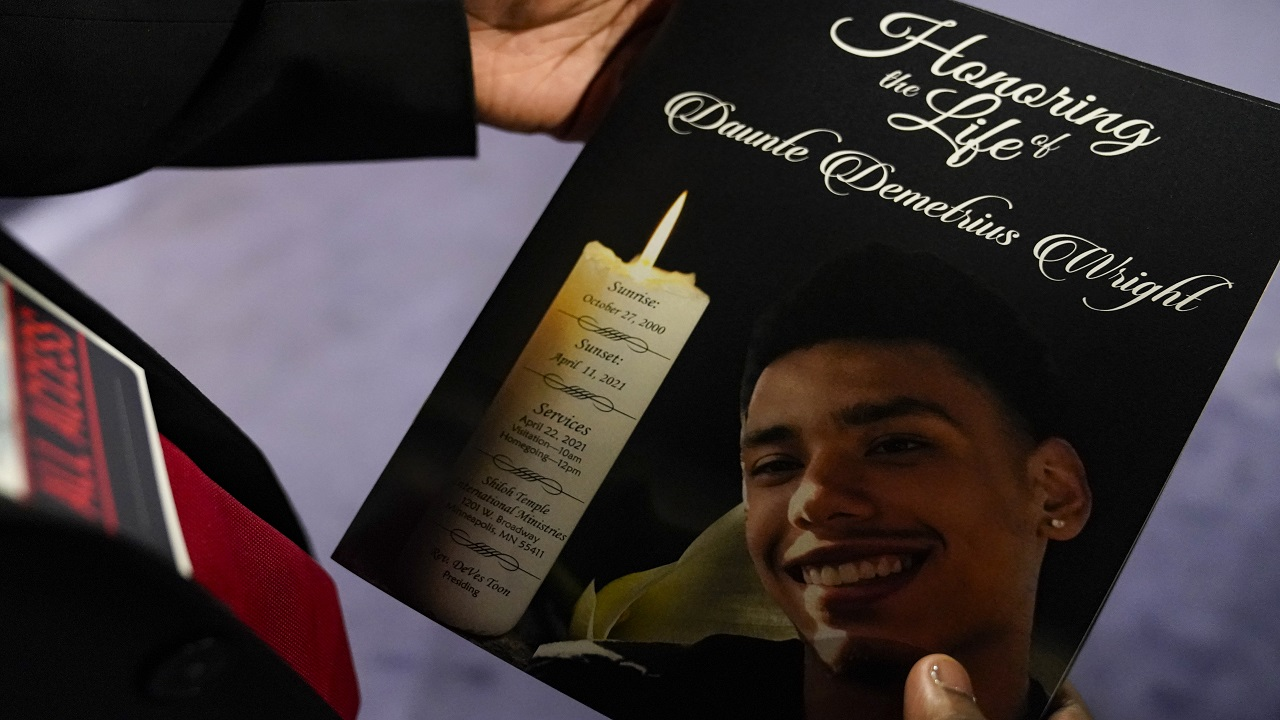 Mourners remember Daunte Wright as prince proud father who 'was loved by so many' amid calls for justice – Fox News