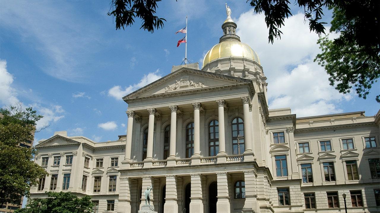 Georgia House speaker proposes 1K bonus for police, deputies