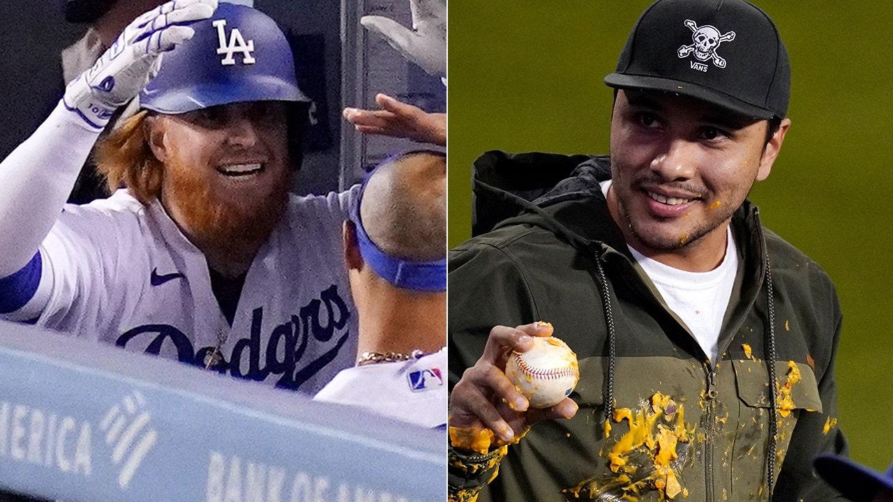 Dodgers' Justin Turner hits home run, destroys fan's nachos