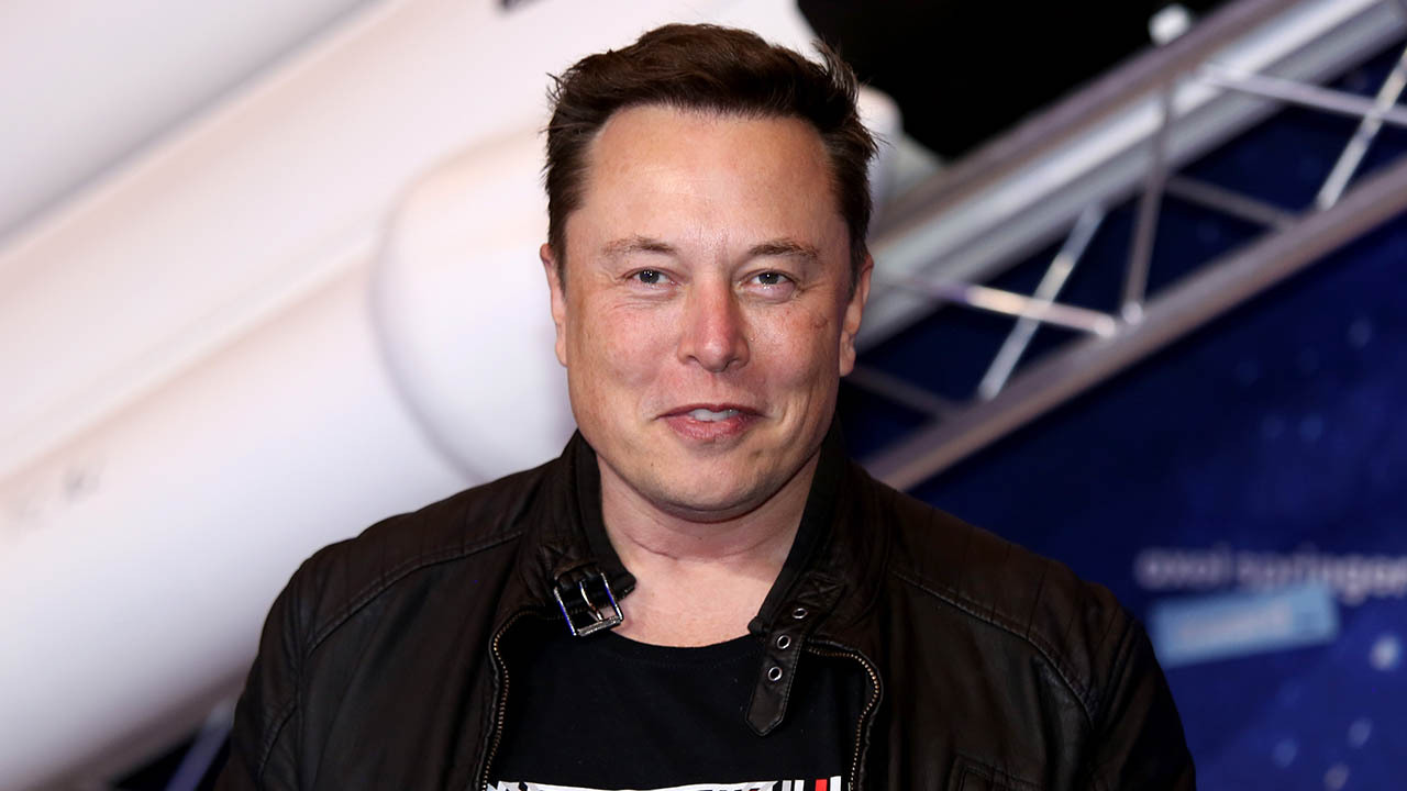 'SNL' guests Elon Musk, Morgan Wallen cause behind-the-scenes tension for cast: report