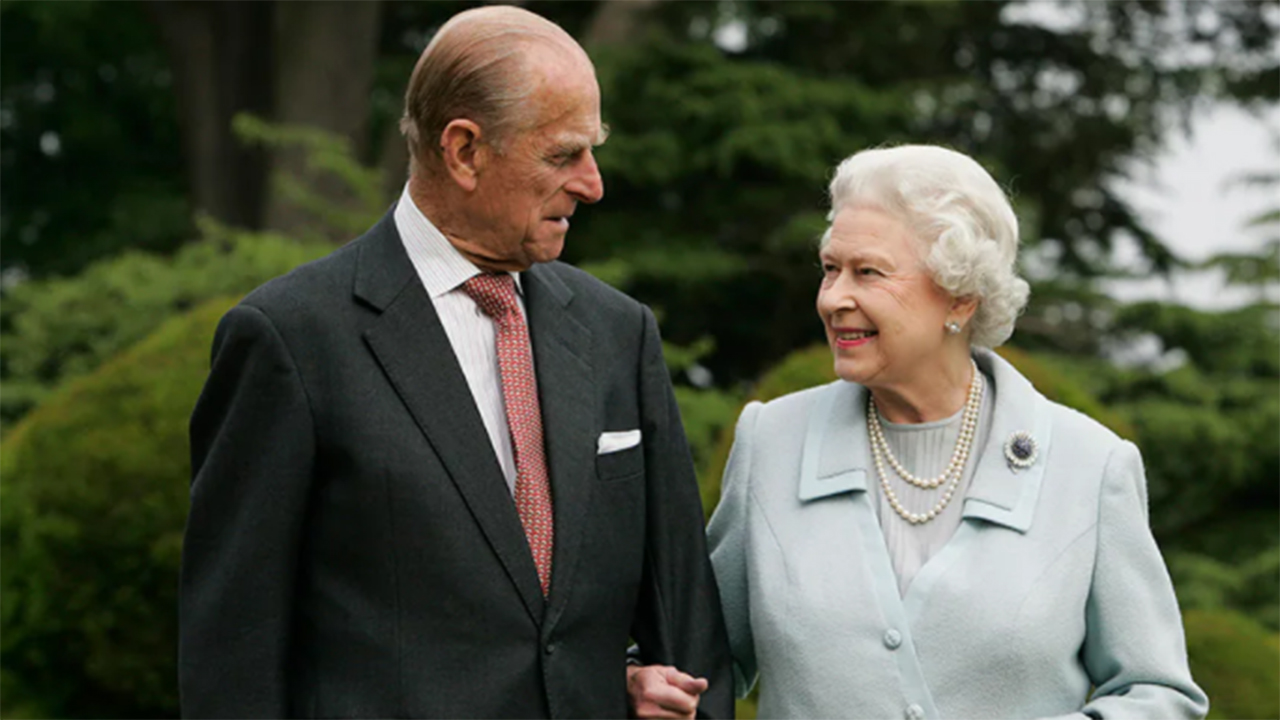 Queen Elizabeth 'fell in love' with Prince Philip, 'never looked at anyone else,' author says