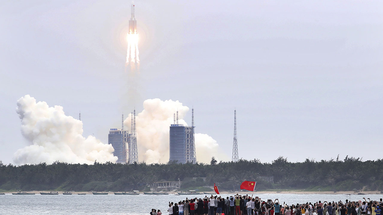 China rocket debris falling toward Earth this weekend; point of impact still unknown